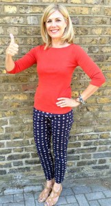 glynis-red-top-blue-white-trousers-01